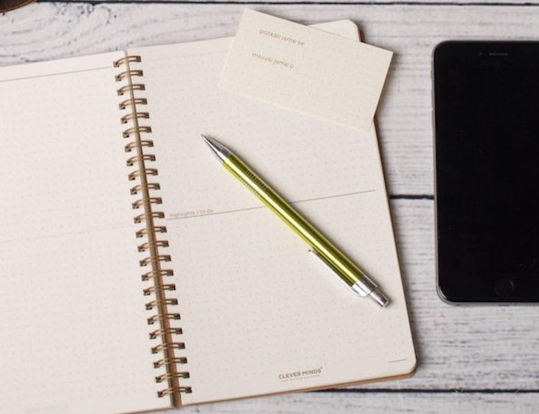 Papír, nebo appka – a co třeba obojí?