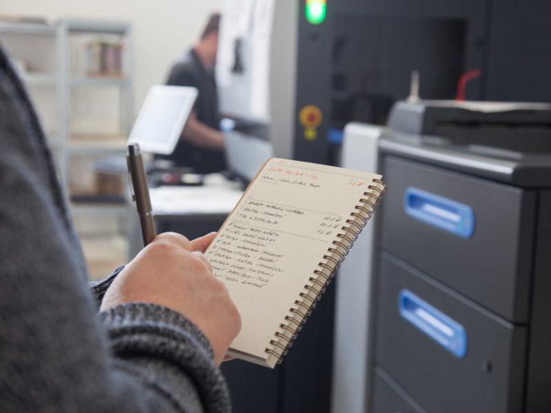 Šlapou vám projekty na záda? Dejte jim řád s naším zápisníkem!