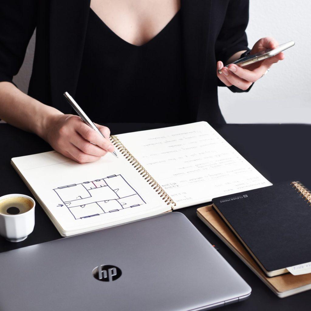 Chytrá zakázka vs. Projektový notes